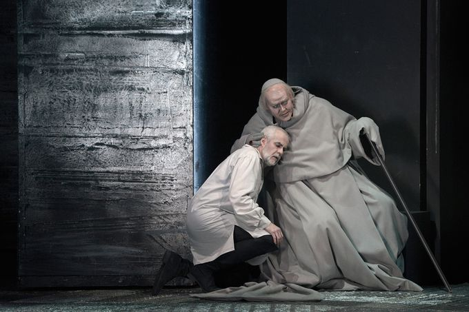 Don Carlo Giacomo Prestia as Filippo II Berlino 2015 - with Inquisitore