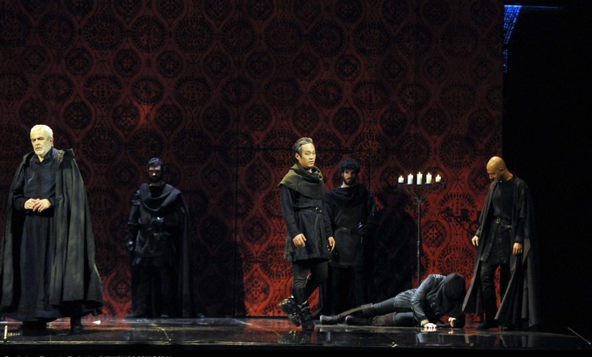 Simon Boccanegra- Teatro La Fenice di Venezia, 2014- Giacomo Prestia as Fiesco nelle stanze di Fiesco