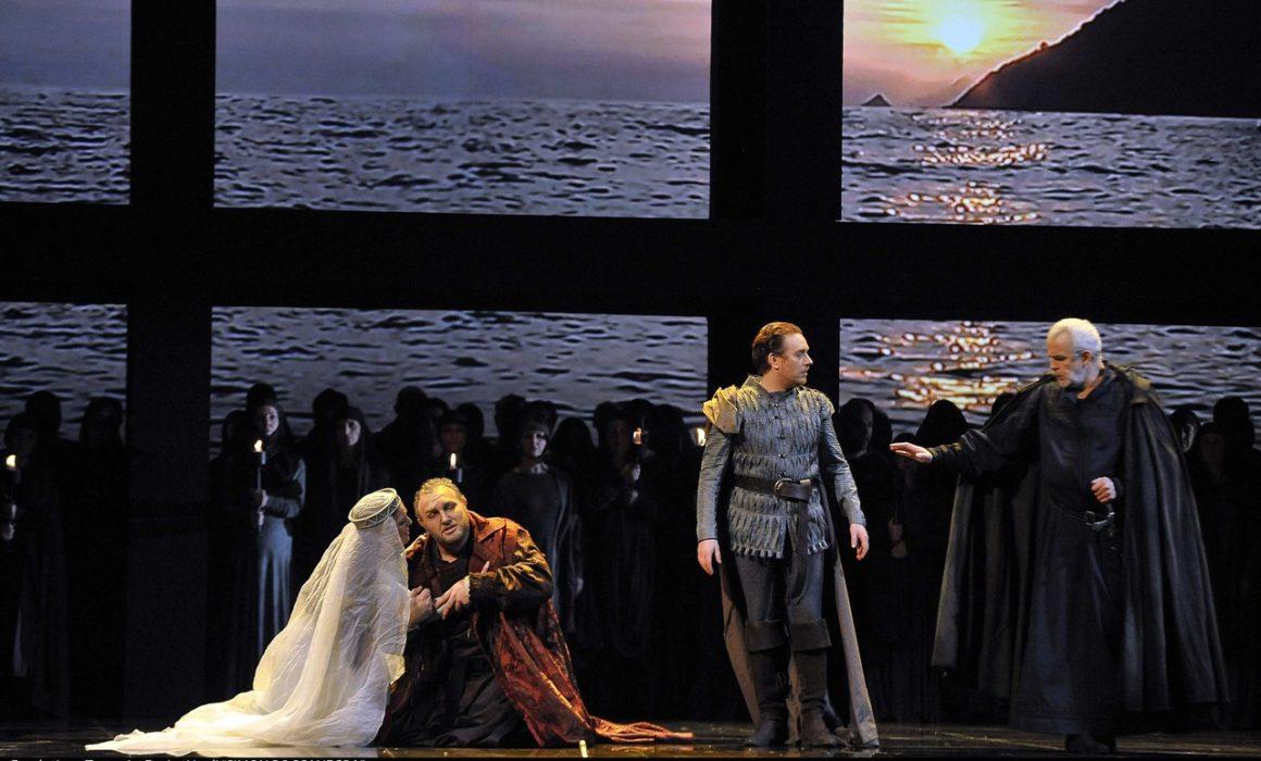 Simon Boccanegra- Teatro La Fenice di Venezia, 2014- Giacomo Prestia as Fiesco finale con soprano e tenore