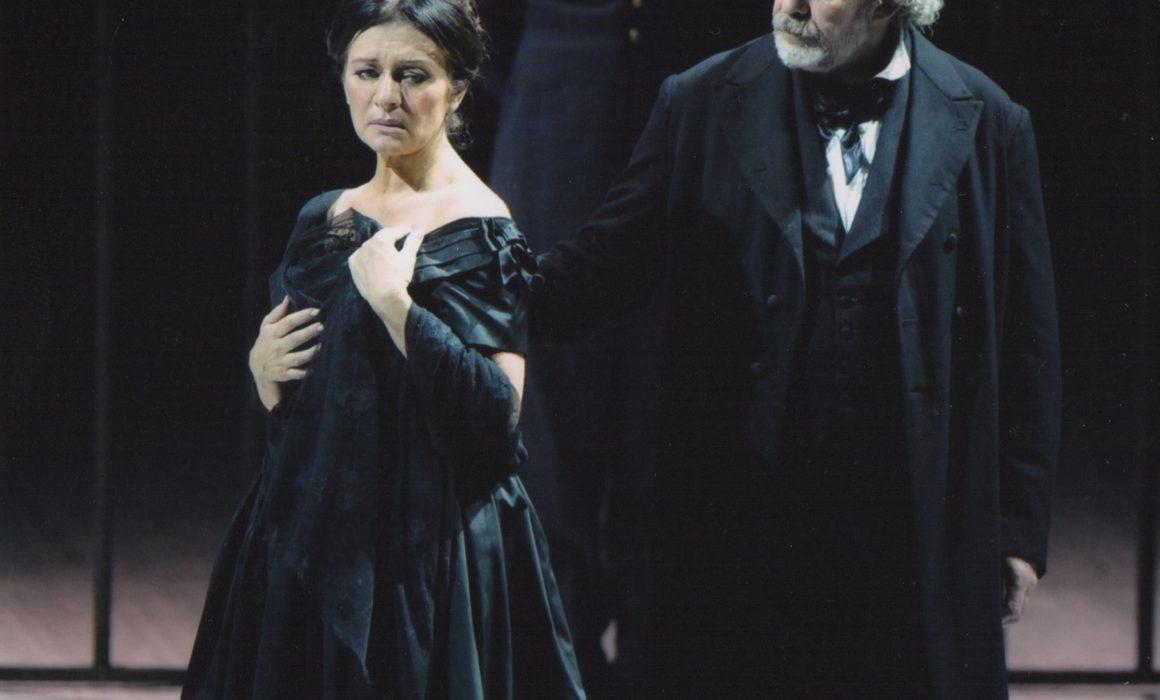 I Vespri Siciliani - Parma 2010 with soprano Dessi